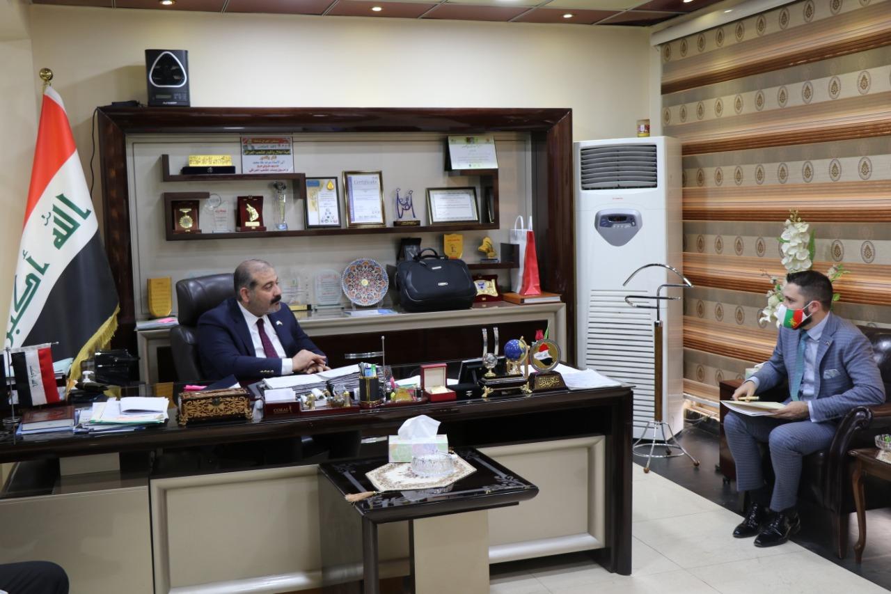 التجارة ….مدير شركة المعارض العراقية يلتقي بوفد السفارة البلغارية في العراق ويبحثان تعزيز العلاقات بين البلدين