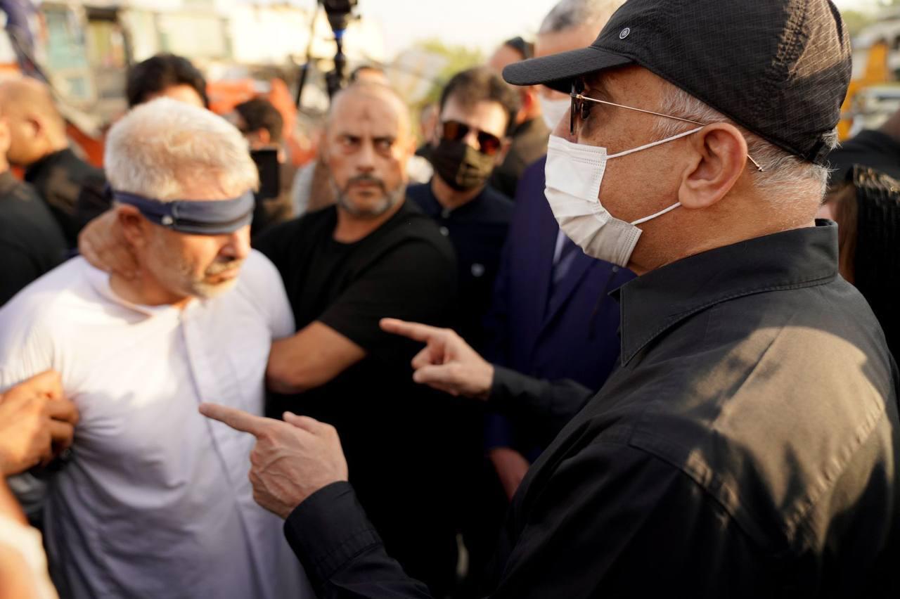 رئيس مجلس الوزراء السيد مصطفى الكاظمي يشدد على ضرورة أن يأخذ القضاء دوره في القصاص من القاتل؛ ليكون عبرة للآخرين، ولكلّ من يتجاوز على الموظفين أثناء أداء واجباتهم الوظيفية.